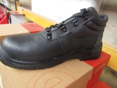 Centek Black Steel Toe Cap Boot size 8 New & Boxed.
