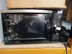 Microwave,damaged use for spares and repairs only