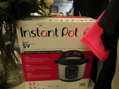 Instant Pot Duo 9 in 1 Multi Use 5.7 L Pressure Cooker. RRP £99.99 has both UK cables & EU cables