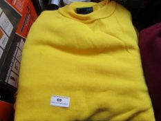 5x Unseek - Yellow Jumpers - Size XL - New.