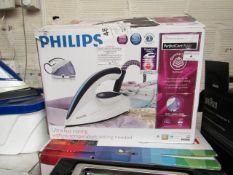 Philips - Perfectcare Aqua Steam Generator Iron - Item Powers On. RRP CIRCA £149.99.