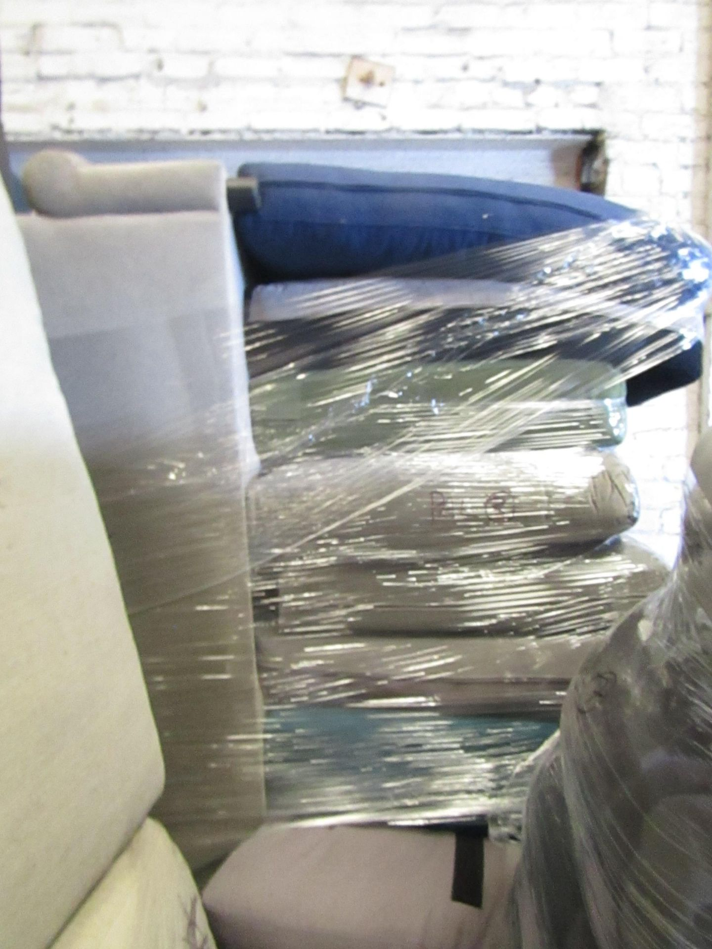 | 13X | PALLETS OF SWOON BER SOFAS, THESE ARE CUSTOMER RETURNS SO COULD HAVE MINOR DAMAGE, MAJOR - Image 11 of 11