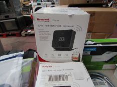 Honeywell Lyric T6R-HW smart thermostat, unchecked and boxed. RRP £179.99