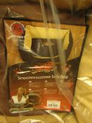 """Snoozeeezzzeee Dog Sofa Bed. 32"""" in Brown. New & Packaged"""