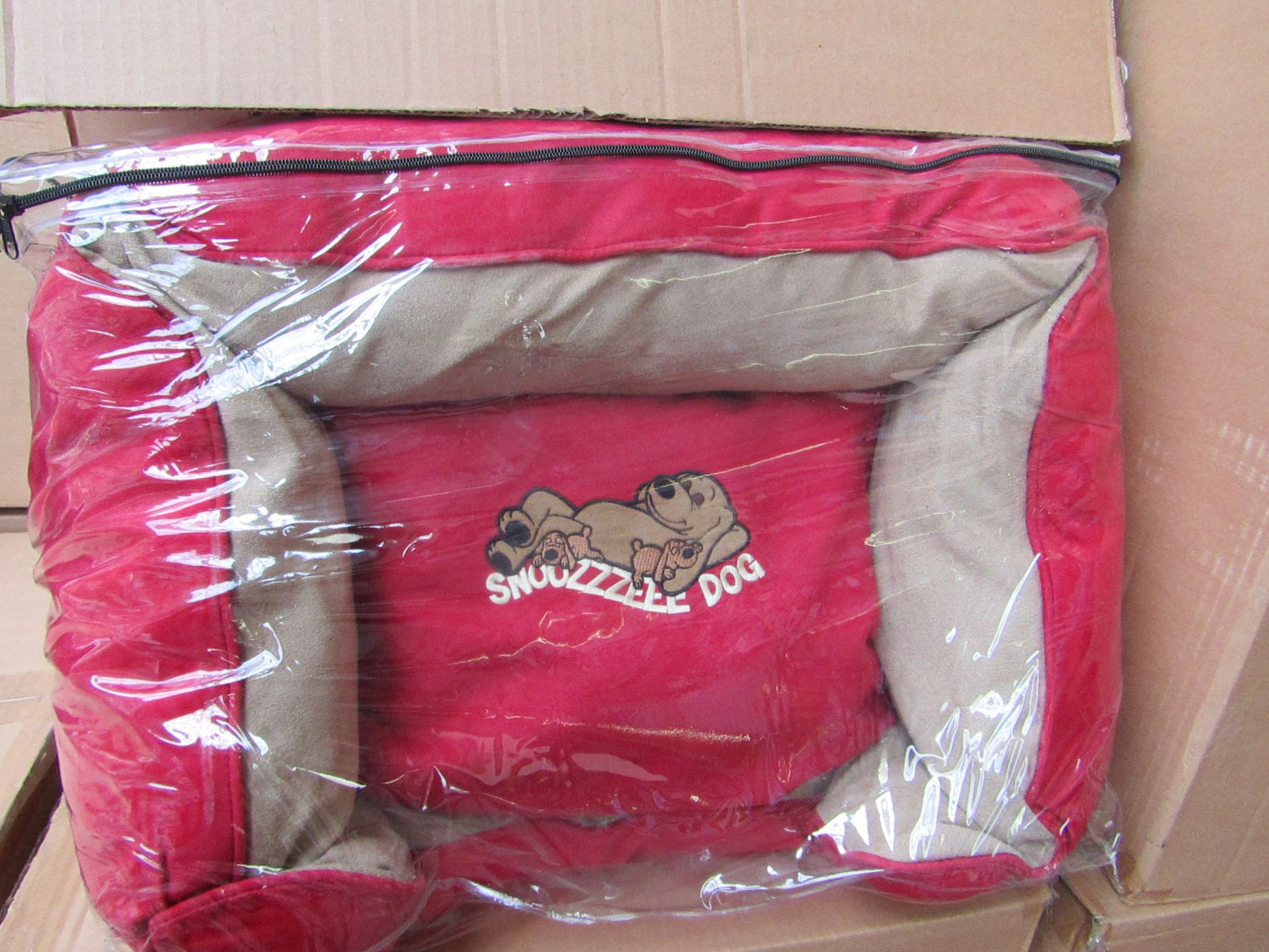 """5x Snoozzzeee Dog - Cherry Red Sofa Dog Bed (23"""") - All New & Packaged."""
