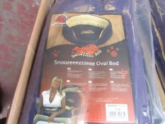 """10x Snoozzzeee Dog - Oval Purple Dog Bed (37"""") - All New & Packaged."""