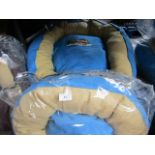"2x Snoozzzeee Dog - Sky Blue Donut Dog Bed (28""/71cm) - New - Note one is unpackaged. 1x"