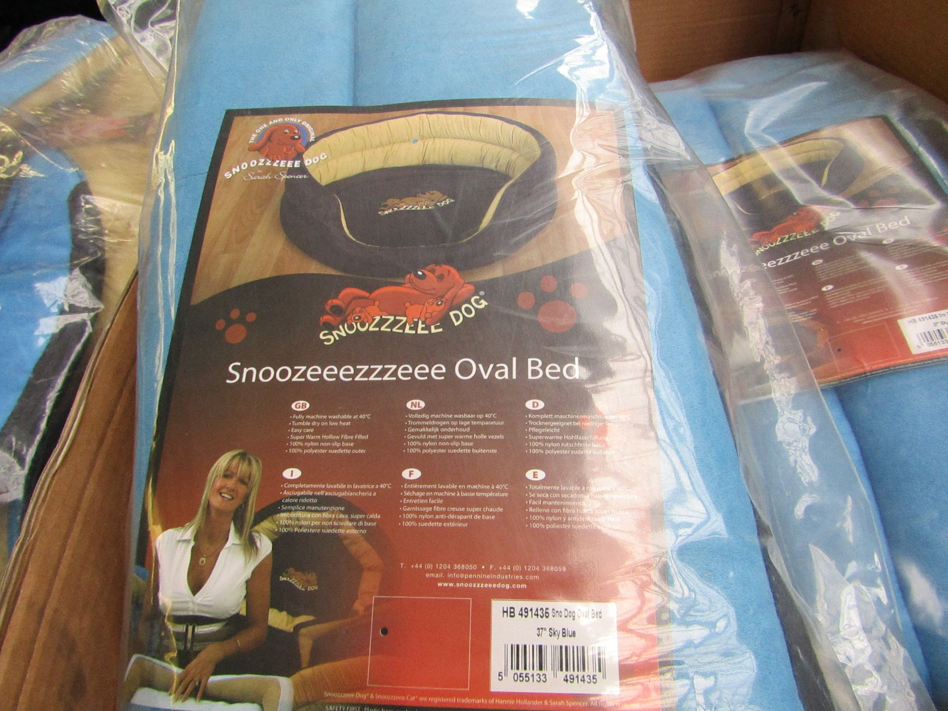 "5x Snoozzzeee Dog - Oval Sky Blue Dog Bed (37"") - All New & Packaged."