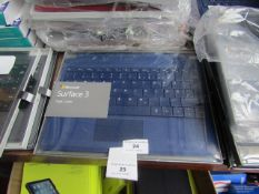 Microsoft Surface 3 type cover, untested and boxed. QWERTZ keyboard