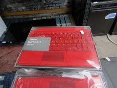 6x Microsoft Surface 3 type cover, untested and boxed. AZERTY keyboard