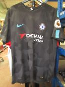 Chelsea Official Nike Football Shirt size XL see image