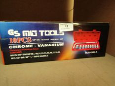 MG Tools 10 Piece Socket Set with Handle. New & Boxed