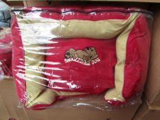 """20x Snoozzzeee Dog - Cherry Red Sofa Dog Bed (23"""") - All New & Packaged."""
