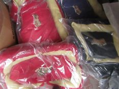 """4x Various Snoozzzeee Dog - 1x Cherry Red Bow Dog Bed (28"""") - New & Packaged. 1x Cherry Red Sofa Dog"""