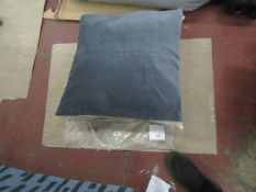 | 1X | COX & COX VELVET & LINEN FRENCH BLUE CUSHION 60CM X 60CM  | LOOKS UNUSED IN PACKAGING |