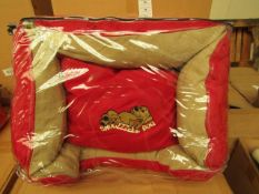 """Snoozzzeee Cherry Sofa Bed. 23"""". New & Packaged"""