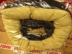 Snooozzzeee Donut Dog Bed. Size 1 In Black. New & Packaged