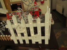 Wooden Christmas Light Up Fence. Tested Working. Req 3 AA Batteries (not included)