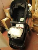 Britax B-Ready Stoller. Comes with Rain Cover & Manual. Looks Brand New. RRP £459.99
