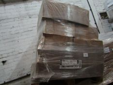 Pallet of approx 54000 gummed envelopes 141x173, unused and boxed
