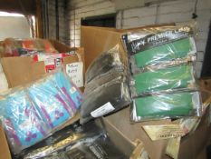 Pallet of approx 600 pairs of Various coloured and sized foot ball socks, all unused but have been