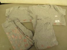 4 x DKNY Items Being 2 Pairs of Joggers Size 4T & Size 6 & 2 x Tops 1 Being size 4T & the other Size