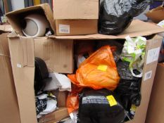 | 1X | PALLET OF APPROX 20 - 30 SALVAGE ITEMS | VARIOUS AIRFRYERS, CLEVER CHEFS, VERTI STEAMERS,