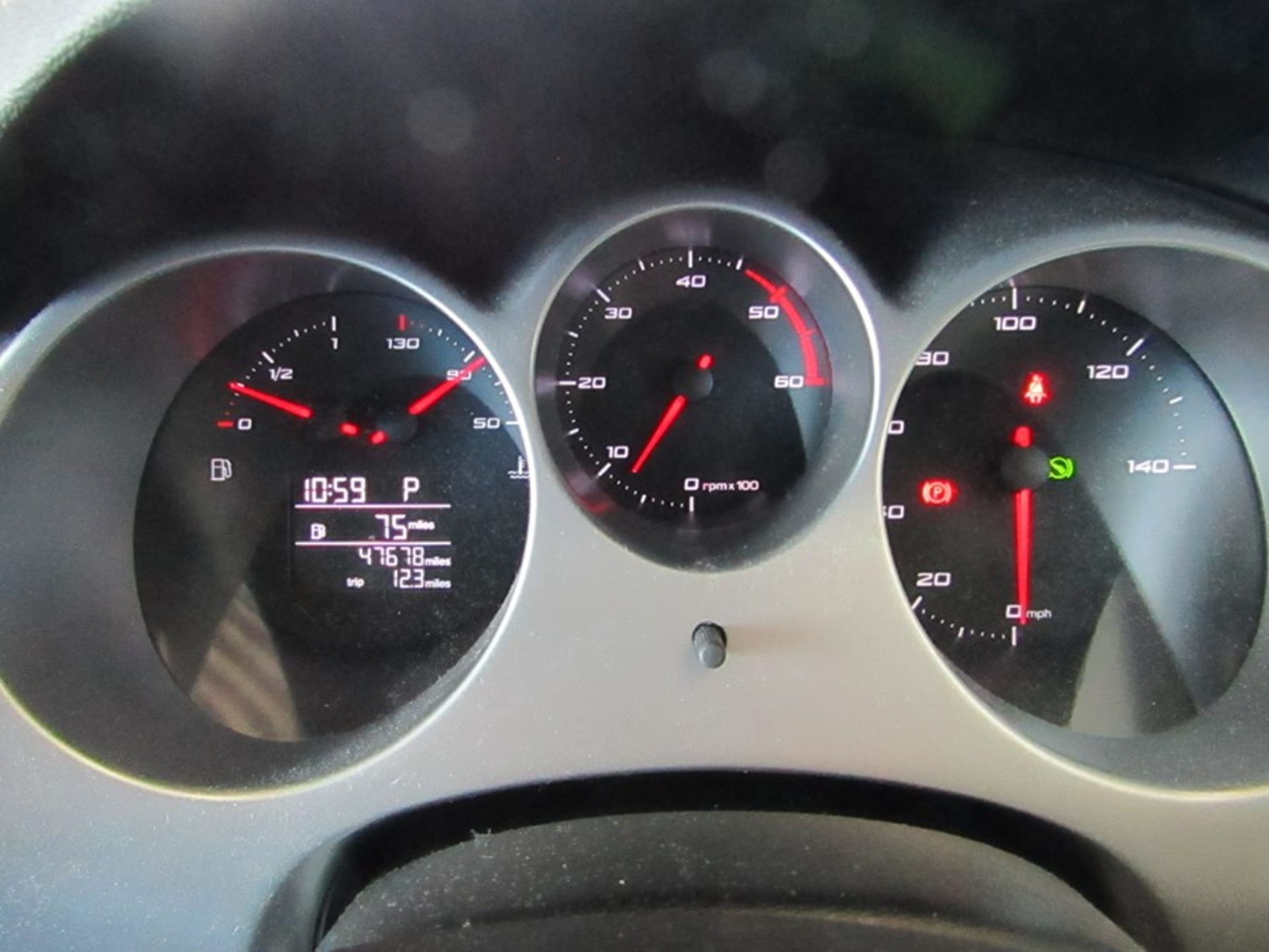 2011 Seat Althea SE CR TDI Auto, 1.6TDI, 47,678 miles (unchecked but appears to be inline with the - Image 12 of 17