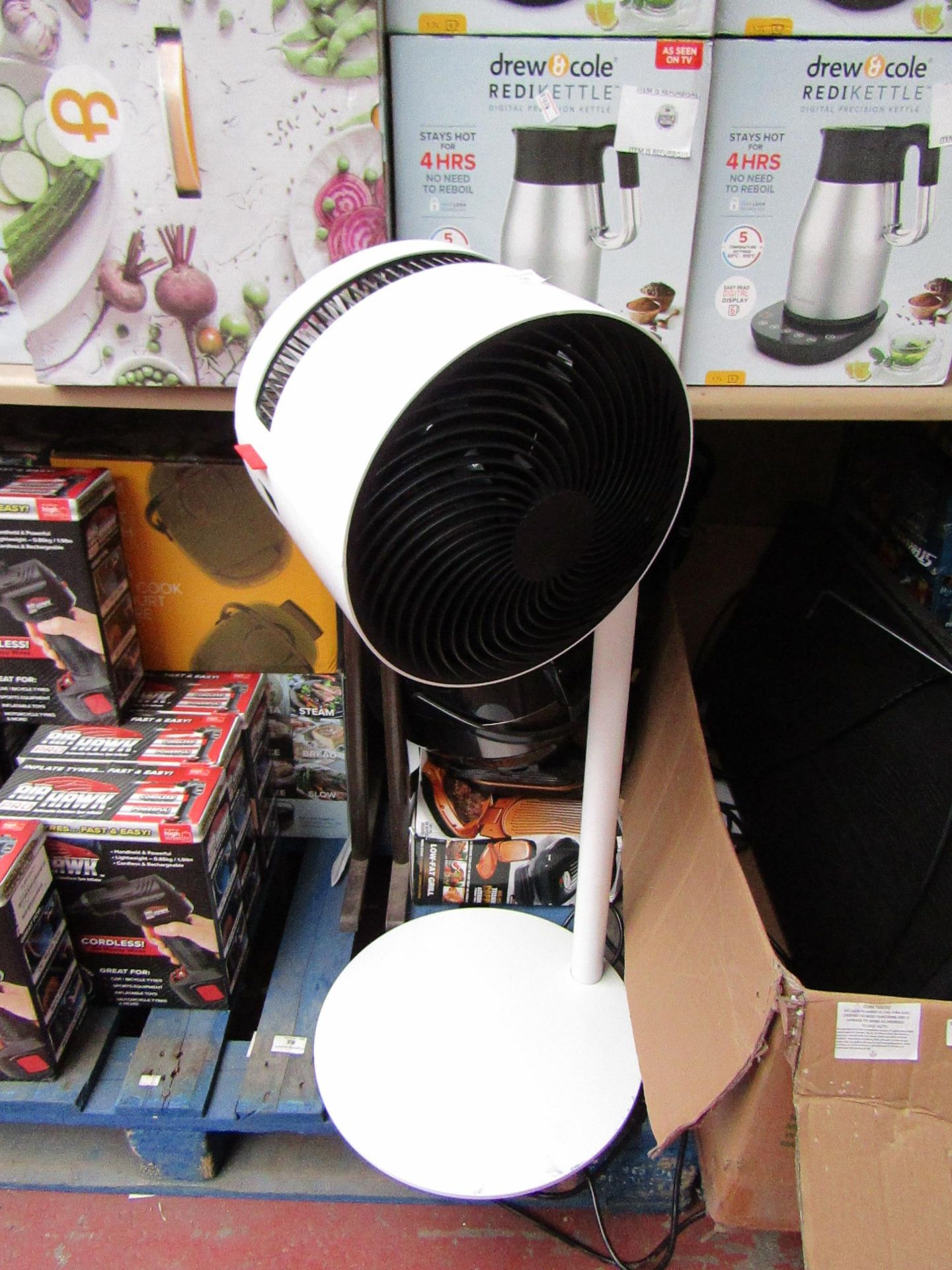 Lot 102 - Boneco upright floor standing fan, tested working. RRP Circa £150.00