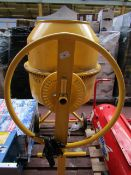 CL MIXER CCM110 230V 9053 This lot is a Machine Ma