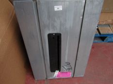 CL TABLE CTS16 230V 9076 This lot is a Machine Ma