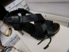 Zaif by Shalamar Shoes Ladies Black Leather Shoes size 3 new & boxed see image for design