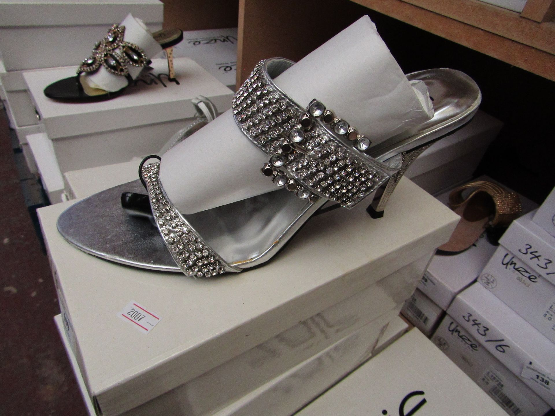 Unze by Shalamar Shoes Ladies Silver & Diamante Shoes size 4 new & boxed see image for design