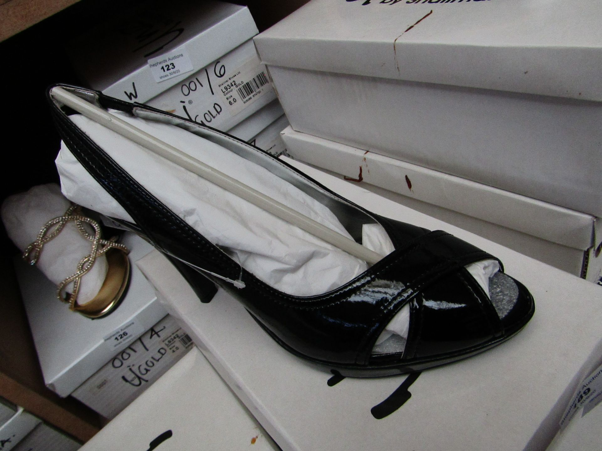 Unze by Shalamar Shoes Ladies Black Patent Leather Shoes size 7 new & boxed see image for design