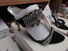 Unze by Shalamar Shoes Ladies Black & Diamante Shoes size 3 new & boxed see image for design