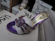 Unze by Shalamar Shoes Ladies Lilia & Embellished Shoes size 7 new & boxed see image for design