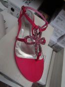 Unze by Shalamar Shoes Ladies Fuschia & Embelished Shoes size 6 new & boxed see image for design
