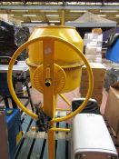 CL MIXER CCM110 230V 9053 This lot is a Machine Mart product which is raw and completely unchecked