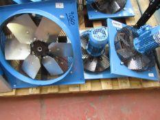 CL FAN- CAF404 230V 9060 CL FAN- CAF304 230V 9060 CL FAN- CAF304 230V 9060 This lot is a Machine