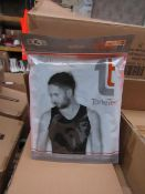 | 1X | PALLET OF APPROX 336 TONE TEE COMPRESSION VESTS, NEW IN PACKAGING SIZE XL, APPEARS TO BE BOTH
