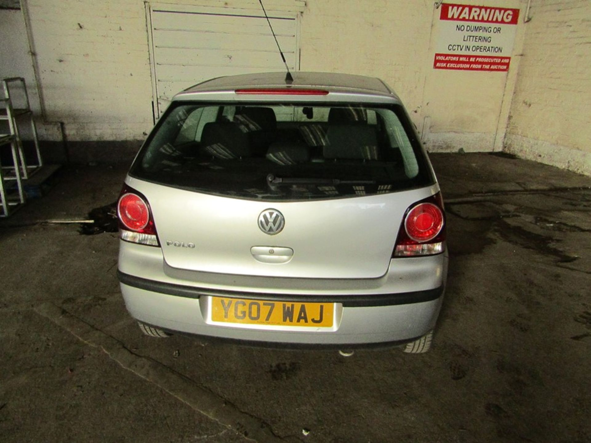 2007 Volkswagen Polo 1.2L hatchback, starts and drives 70,294 Miles Failed MOT 12/09/2020 due to; - Image 3 of 9