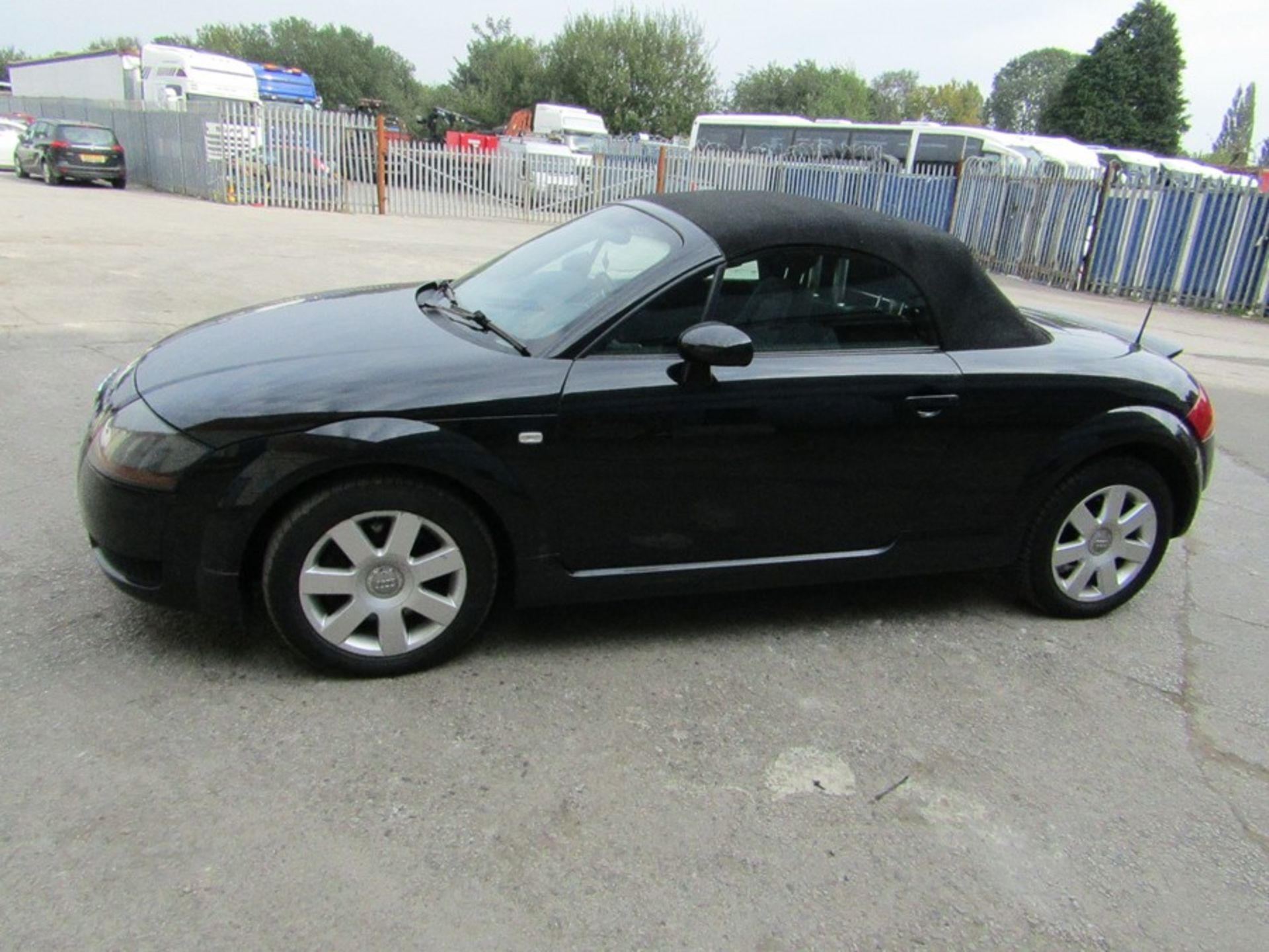 2005 Audi 1.8i Convertible roadster, 131,608 Miles (unchecked) MOT until 01/06/2021, Has part - Image 15 of 16