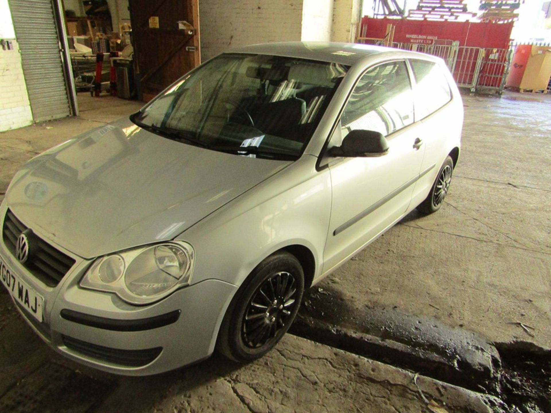 2007 Volkswagen Polo 1.2L hatchback, starts and drives 70,294 Miles Failed MOT 12/09/2020 due to; - Image 5 of 9