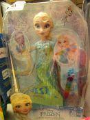 Disney Frozen - Crystal Glow Elsa - Packaged.