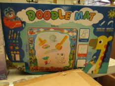 Doodle Mat - 100 x 100 cm - Unchecked & Boxed.