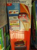HotWheels - Track Builder System 15Ft - Unchecked & Packaged.