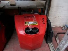 CL WASH HARRY 230V 2 9035 This lot is a Machine Mart product which is raw and completely unchecked