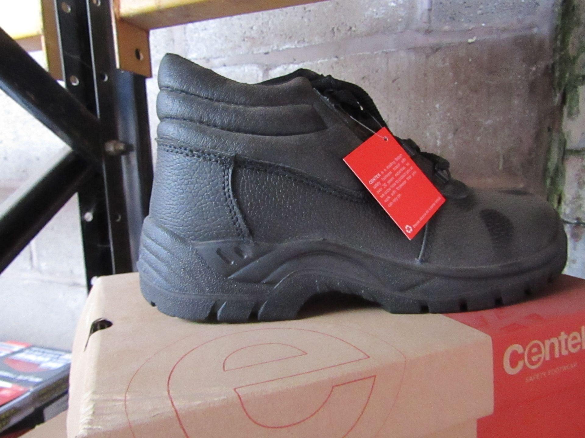 Lot 81 - Centek - Black Steel Toe Cap Boot - Size 9 - New & Boxed.