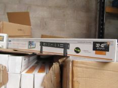 """Ross - Flat To Wall TV Mount 32 - 42"""" - New & Boxed."""