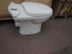 Olivia close coupled toilet pan with seat cover TA-001, new and boxed.